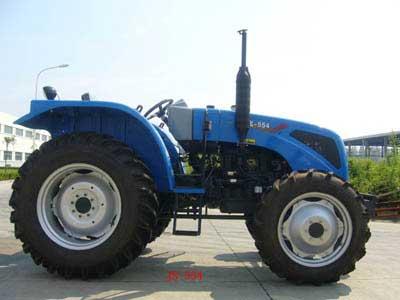 504型拖拉机的优点,其机型结构比质量小