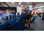 雷沃农机具亮相全国会-福田雷沃重工强势发力中高端农机具业务