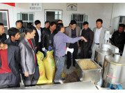 饶平县举办稻谷烘干机械化技术培训班暨演示会