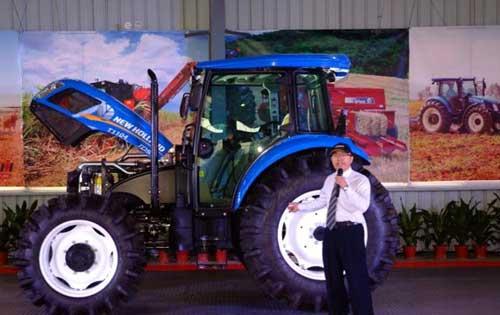 纽荷兰t1104拖拉机 高清图片