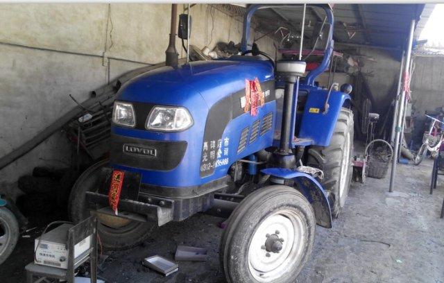 出售福田雷沃950大拖拉机 带开元王旋耕机 河 高清图片