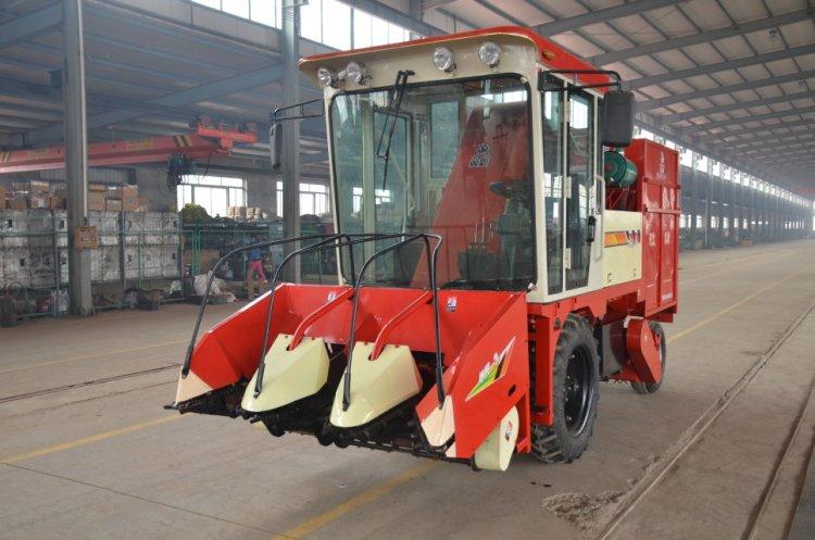 河北冀新4YZ-3(剥皮型)玉米收割机