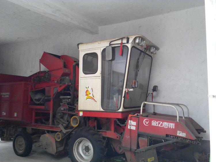 出售2014年金亿春雨两行玉米收割机_河南驻马店二手网