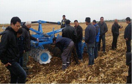 德国雷肯特邀专家新疆塔城行之一:高效灭茬设备获高度认可