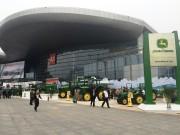 风雨无阻——约翰迪尔参展2014中国国际农机展览会