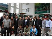 2014农业机械综合实用技术国际培训班学员来五征访问