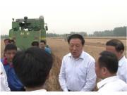 安徽省副省长梁卫国称赞中联重科农机真高效