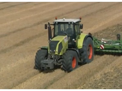CLAAS(科乐收) AXION 820拖拉机