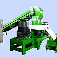 鹿铜9YHP-3200生物质压块机