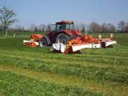 库恩牧草割晒机和凯斯型拖拉机耕作演示