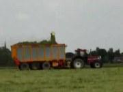 凯斯1455型拖拉机联合耕作演示