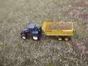纽荷兰TG285拖拉机模型演示