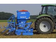 德国LEMKEN气力式精量播种机索力特作业视频