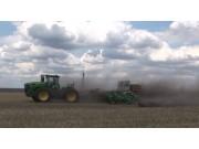 阿玛松DMC免耕播种机作业视频