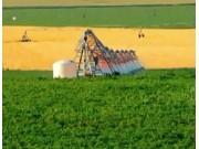 林赛公司(Lindsay)全球领先的FIELDNET远程控制喷灌系统