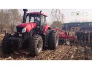 东方红LX2204拖拉机带动力耙作业视频