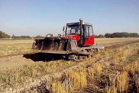 东方红lx654拖拉机