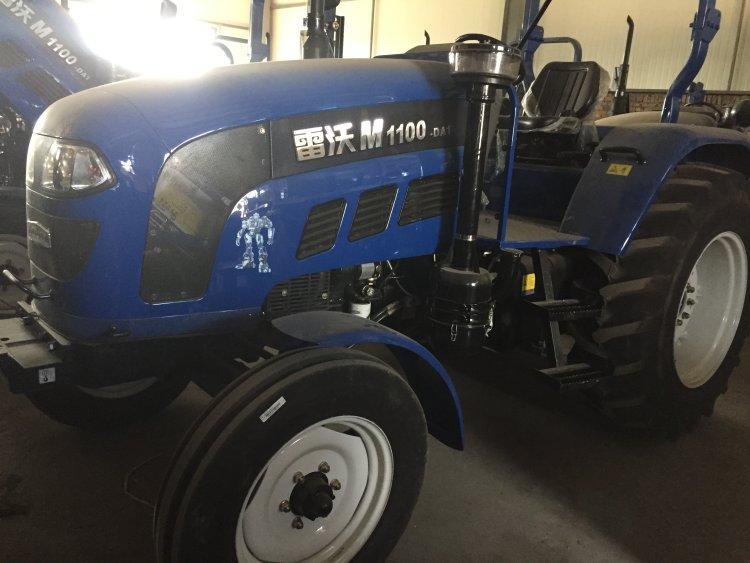 出售福田雷沃m1100拖拉机(铂金斯发动机)图片
