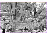一拖年产3.3万台大轮拖总装厂9月投产