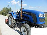 出售雷沃欧豹860拖拉机带农具