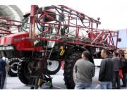 凯斯纽荷兰大型农机成新疆国际农机展亮点