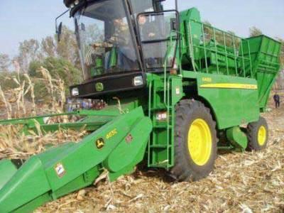 约翰迪尔6488玉米果穗收割机图片