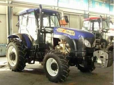 东汽DQ1004四轮驱动拖拉机