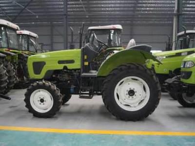 博马424轮式拖拉机