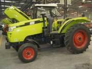 700轮式拖拉机