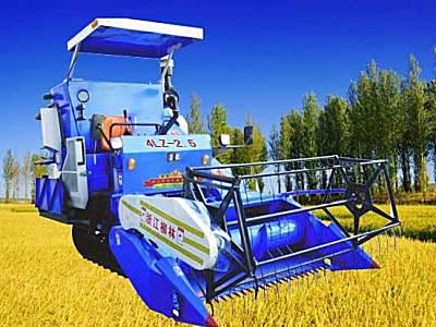 柳林4LZ-2.5自走履帶式谷物聯合收割機