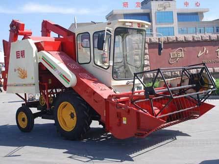 山东巨明4LZ-1.5型自走式谷物联合收割机