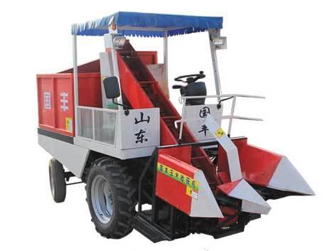 山东国丰4YZ-2型自走式玉米收获机
