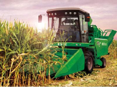 奇瑞4YZB-3剥皮型自走式玉米收获机