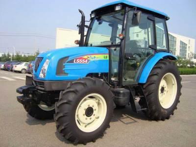 藍色的樂星青島LS554拖拉機
