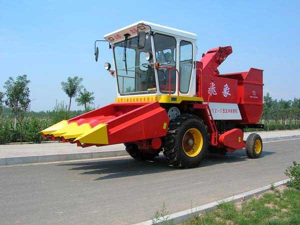 青岛玉米联合收割机_飞象牌4YZ-3型不对行玉米联合收割机-农机图片-农机通