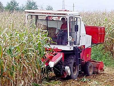 沃得4YZ-3自走式玉米收获机