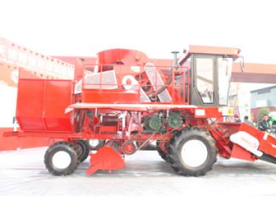 勇猛机械4YZ-4510M自走式玉米收获机