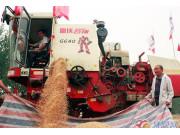 山東小麥收割全面開機 雷沃谷神表現高效助豐收