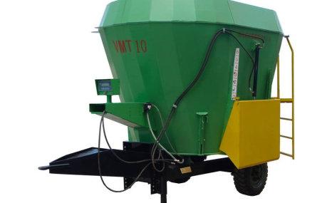 现代农装VMT-14牵引立式全日粮搅拌喂料车