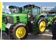 约翰迪尔参展2014年黑龙江农机产品展示交易会