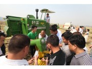 奇瑞谷王水稻机机收大战显神威