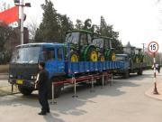 约翰迪尔中国庆祝首批约翰迪尔5000系列拖拉机的销售