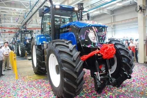 福田雷沃2654etx洲际版拖拉机量产 高清图片