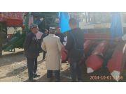 雷沃农业装备亮相首届中国喀什农业博览会