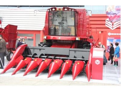 """勇猛机械:""""十全十美""""玉米机产品群闪耀国际农机展"""