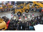 福田雷沃重工攜全線工程機械產品亮相2014寶馬展