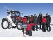 热烈祝贺Antarctica2远征队和MF5610拖拉机抵达南极点