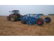 德国(LEMKEN)农机在湛江农垦甘蔗地灭茬演示成功