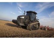 超级拖拉机每天能耕100个足球场