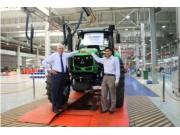 常林道依茨法尔第10000台拖拉机成功下线